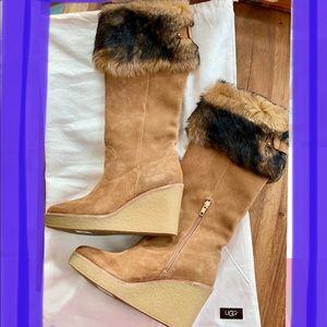 Brand new! Never worn UGG Valberg Boots